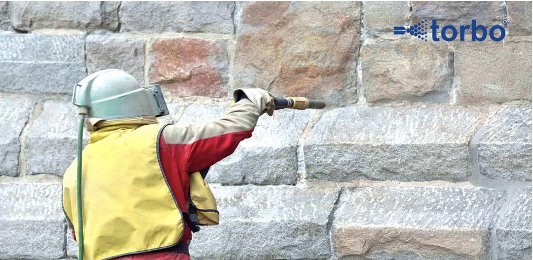 Tryskání kamene